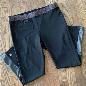 Like new Mountain Hard wear leggings